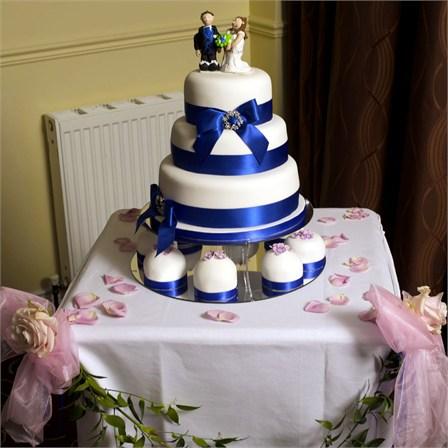 Královsky modrá pohádková svatba - Obrázek č. 15