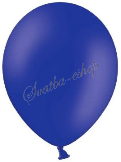 Královsky modrá pohádková svatba - balonky nesmí chybět
