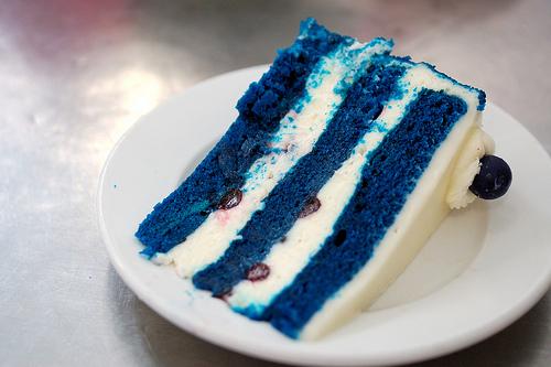 Královsky modrá pohádková svatba - rozhodně chceme blue velvet