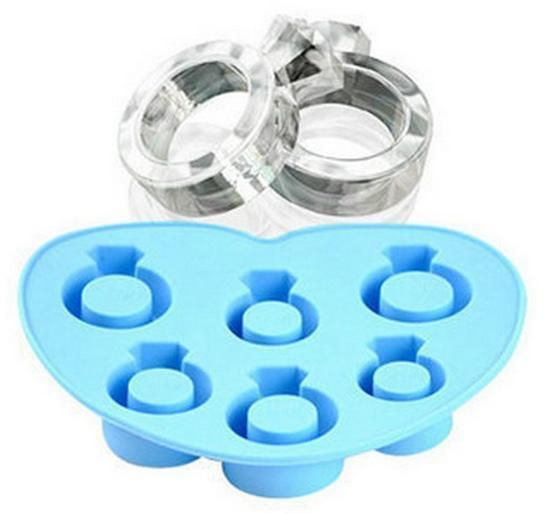 Královsky modrá pohádková svatba - ledové nebo čokoládové prsten