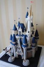 mini verzi jako figurku na dort