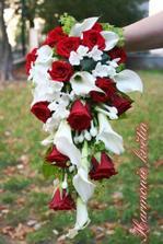 určitě kombinace bílé/rudé růže, ale jak? :))