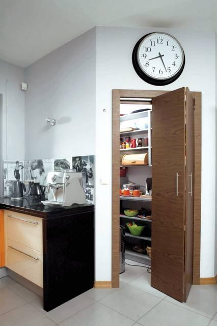Inšpirácie - Dvere do špajze bude vidiet aj z jedalne a obyvacky, takze ich chceme pekne.. asi nieco taketo, zladene s ostatnými dverami...aj zadverie bude mat taketo dvere, len asi s časti presklene..