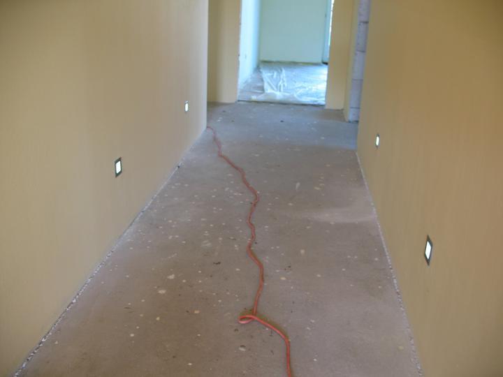 Čo ma inšpiruje - V chodbe by som chcela bodové svetlá pri podlahe