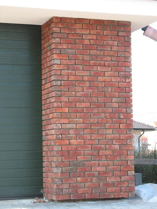 Takéto nejake tehlicky chcem na dome a k tomu smotanova fasada...