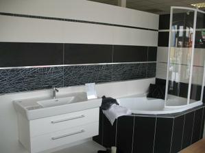 tiez novinka, drahsi obklad,ale aj fakt luxusne posobi..seria Castilla blanco+ negro, dekor Astroga 6 blanco a negro