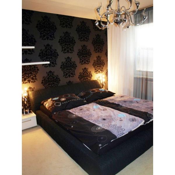 Inšpirácie - Cierno biela, posobi honosne, ale nic pre mna..luxusna depka aj ked glamour :) paci sa mi ten celoplošny koberec... makkucky:)