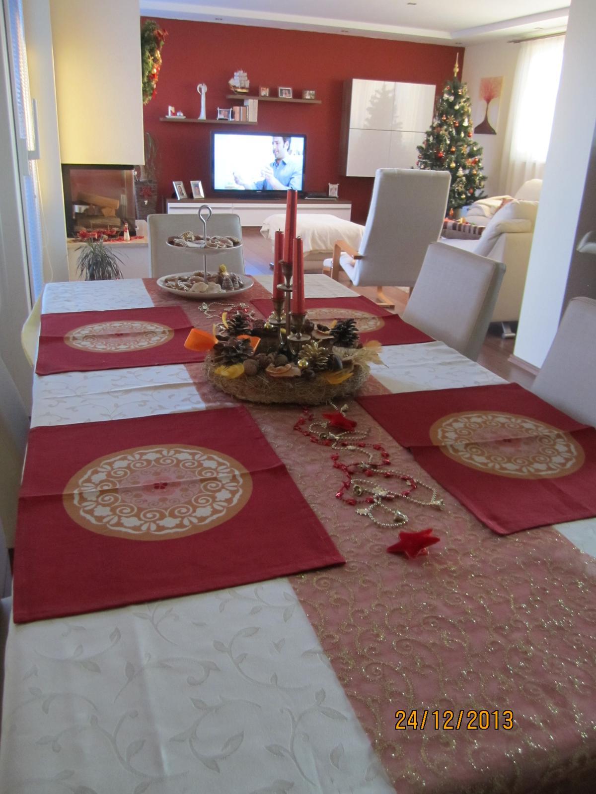 Bývame a dokončievame - nase stvrte Vianoce na Dome ... r. 2013