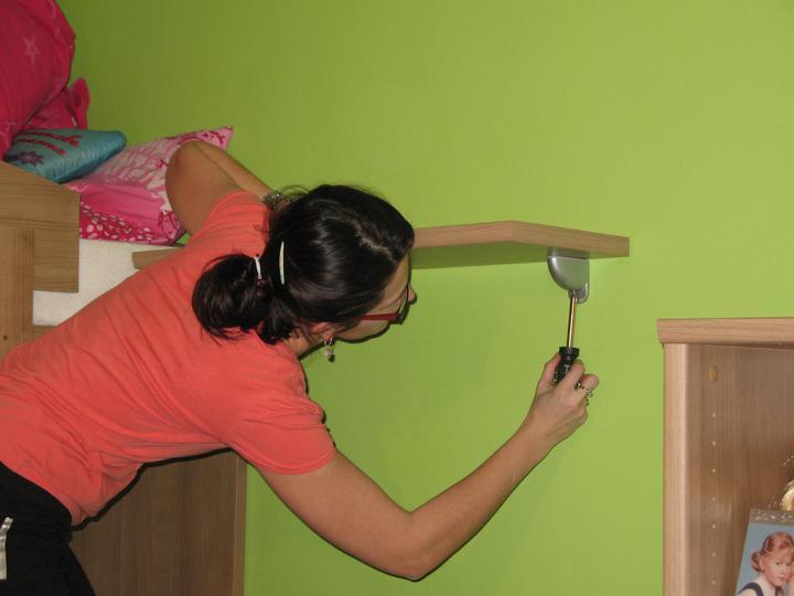 Detska - studentska izba - Srobujeme  nastavenie tukanov.... uuuuf...nejako sa oteplilo, :-D šupp vlasy do copu :)))))))))))