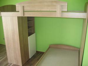 tu vyzera ta zelena stena asi najvernejsie :) je taka ziva:-)