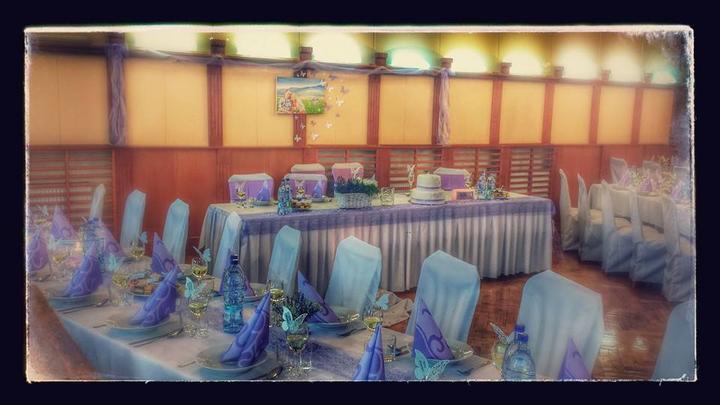 Baby, ak chystate svadbu v levandulovej/svetlofialovej farbe, nazrite do mojho bazarika. Mozno sa vam bude nieco hodit ;-) - Obrázok č. 1