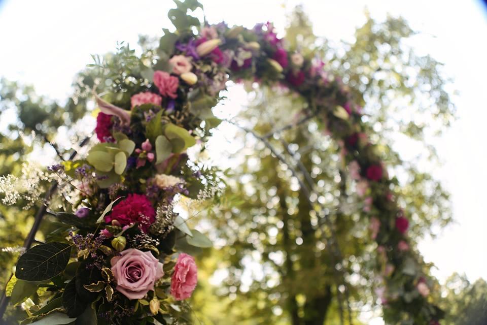 Michaela Papanek{{_AND_}}Juraj Papanek - celá slavobrána bola vyzdobená zo živých kvetov