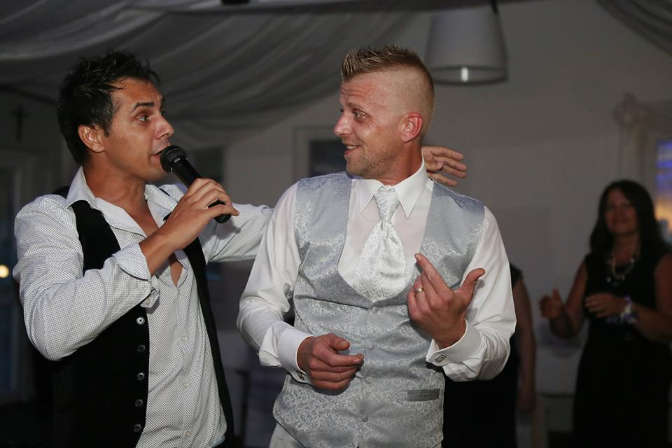 Michaela Papanek{{_AND_}}Juraj Papanek - o zábavu sa postaral spevák Marco Pillo so skupinou