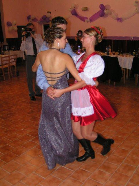 Melinda Mulidránová{{_AND_}}Kristián Kováč - redový tanec