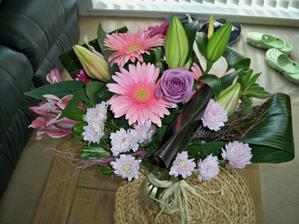 kvetina k prvnimu vyroci svatby