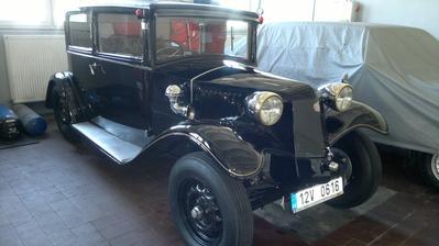 Můj svatební vůz, jsem z něho úplně hotová :-)