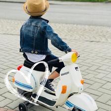S naším Kubíkem na scooter srazu....❤️
