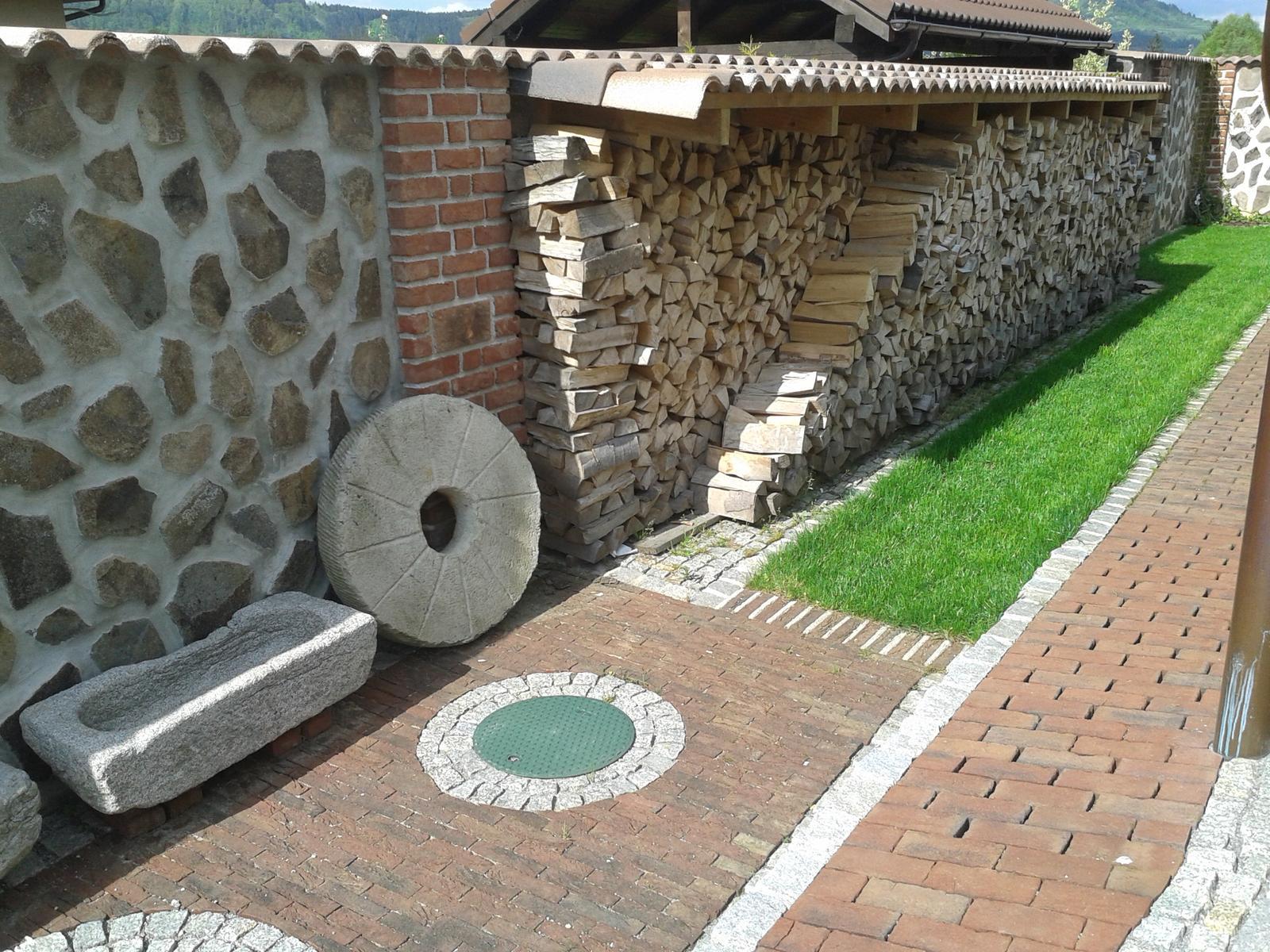 Exterier zahrada - Ked pride na psa mráz...
