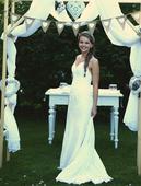 svatební šaty šité na míru v jednoduchém stylu, 38