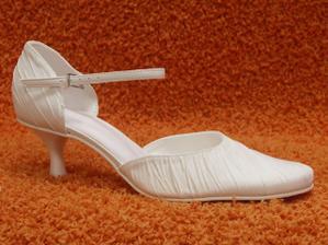 po takýchto topánkach túžim
