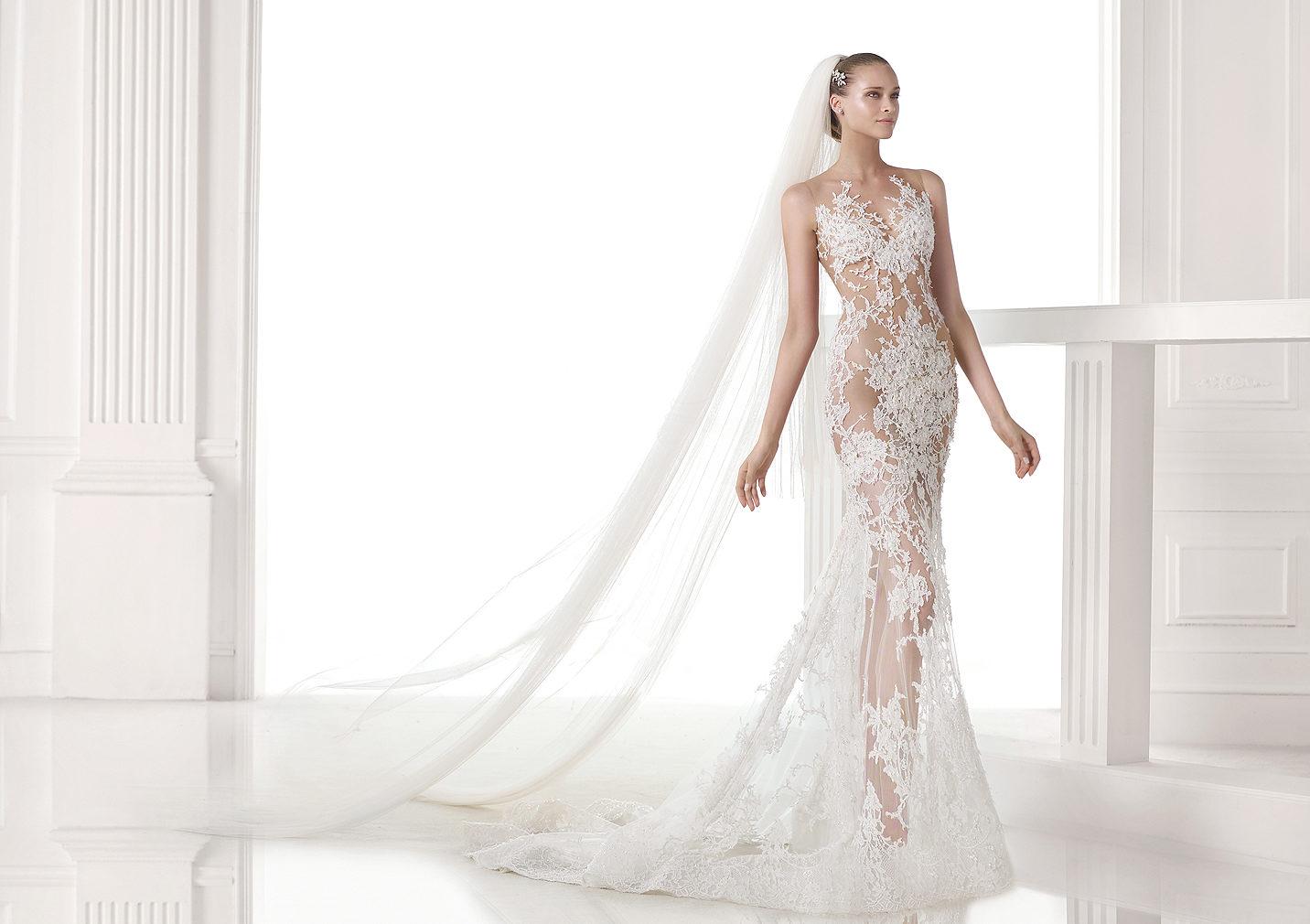 f857b010e606 Průsvitné svatební šaty kde sehnat   - - Svatební...