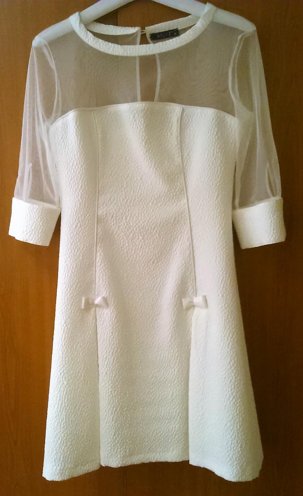 spoločenské/ svadobné šaty - Obrázok č. 1