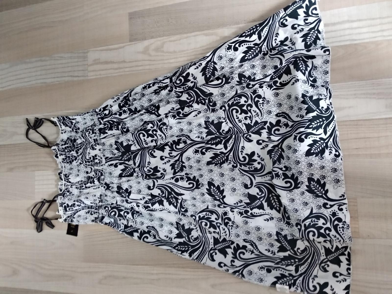 2x Šaty UNI alebo sukna Uni - Obrázok č. 1