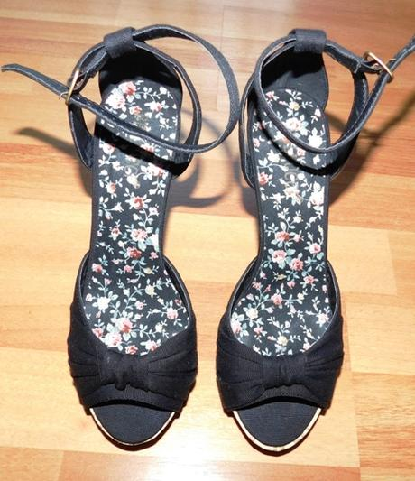 Sexi sandálky na ihličkách a platforme - Obrázok č. 2