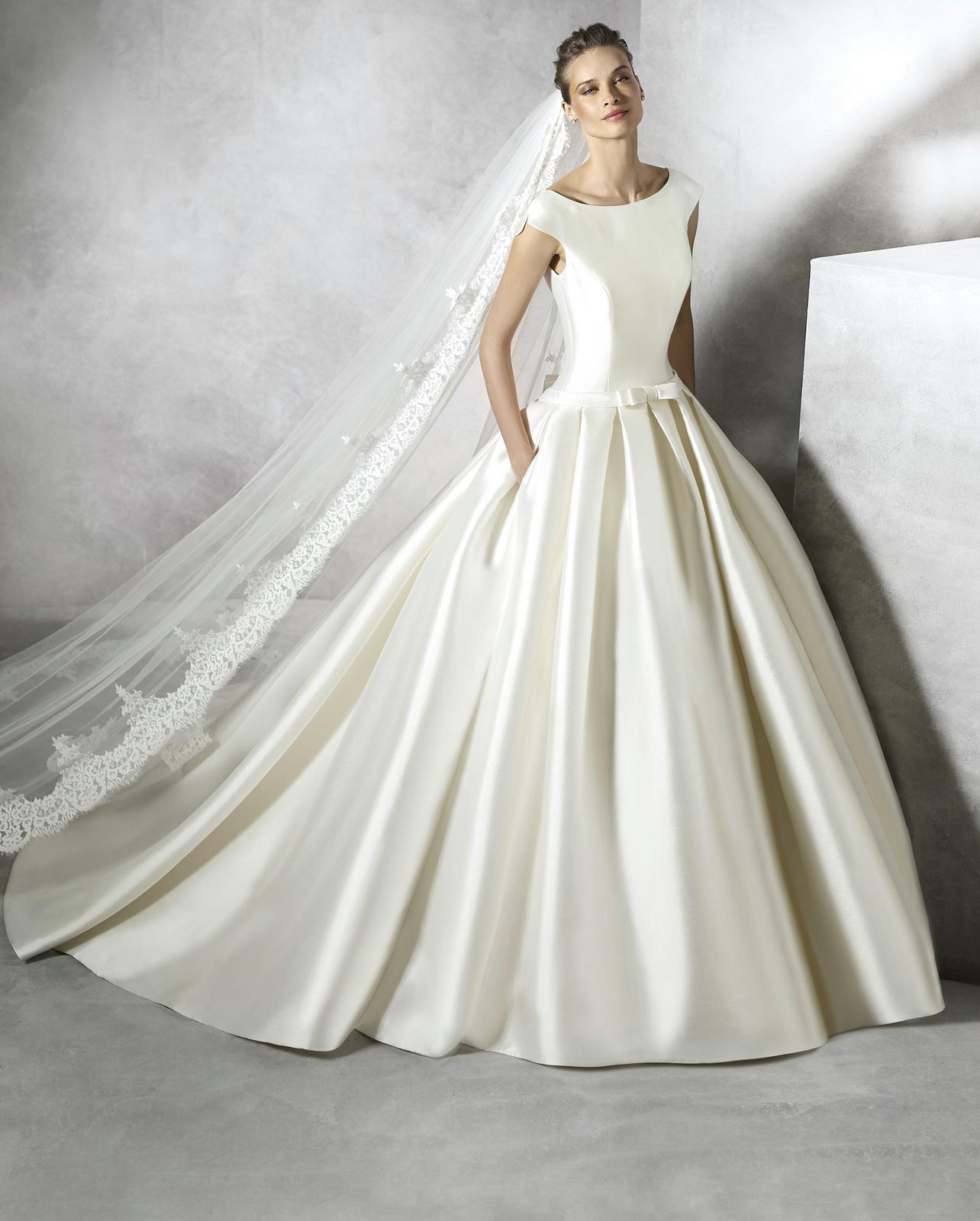 73e2ecfcac30 Svadobné šaty pre štíhlu nevestu po štyridsiatke -...