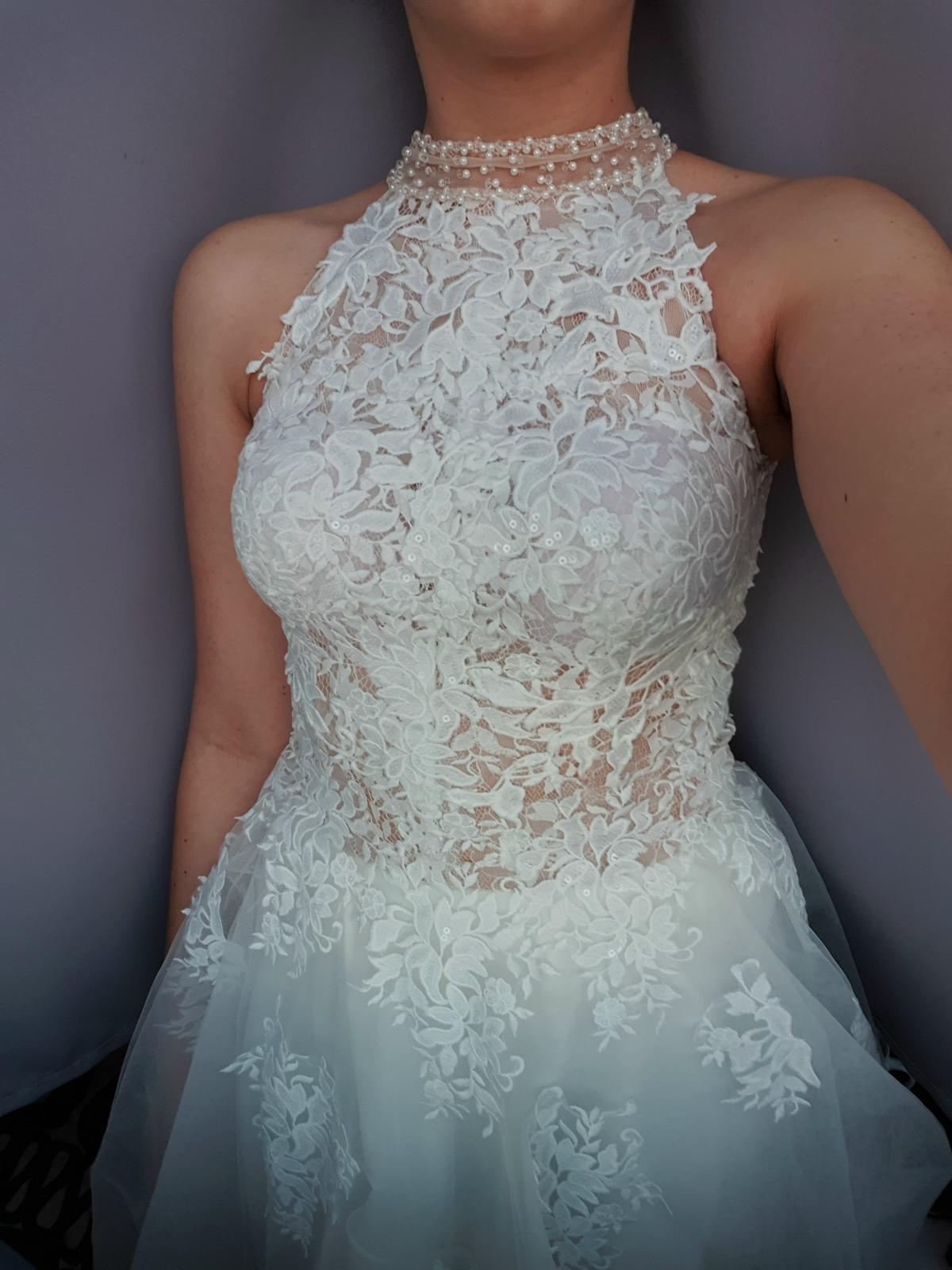 Svadobné šaty - nepoužité - netypický výstrih - Obrázok č. 1