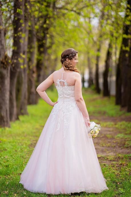 Ružové romantické šaty s čipkou a perličkami 40/42 - Obrázok č. 1