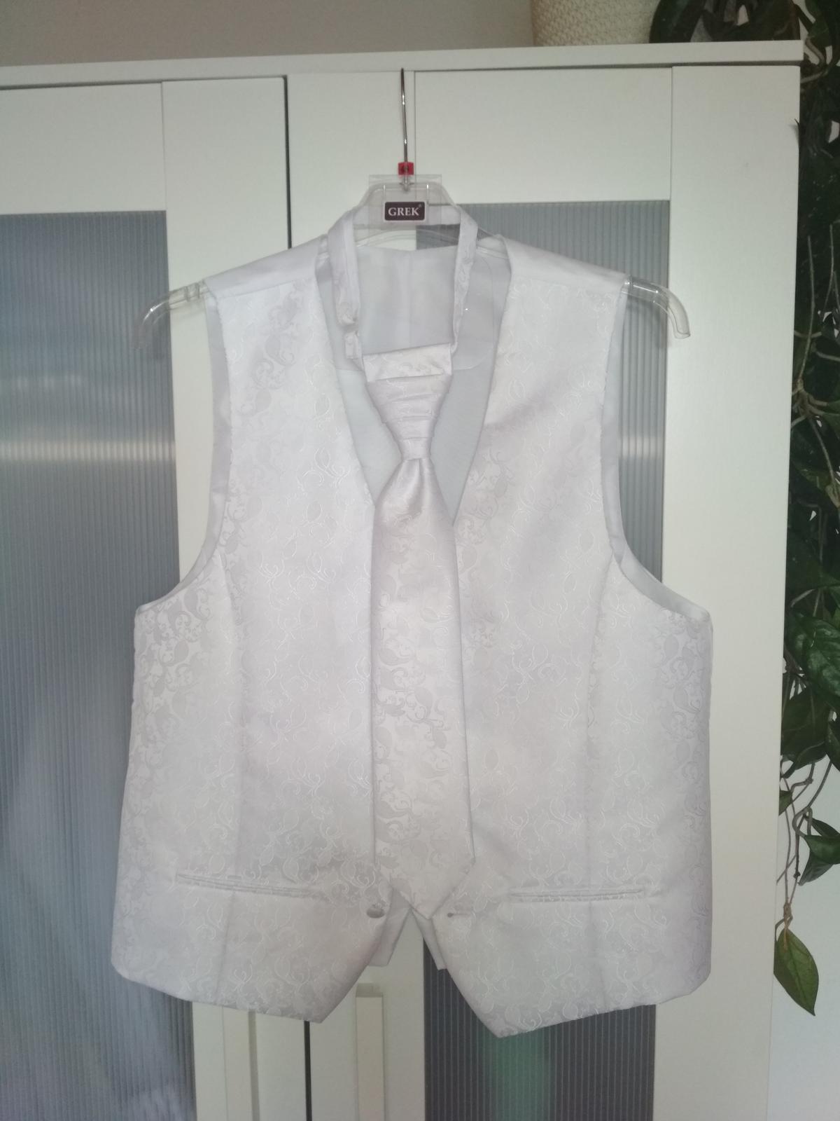 Svadobná vestička s kravatou - Obrázok č. 1