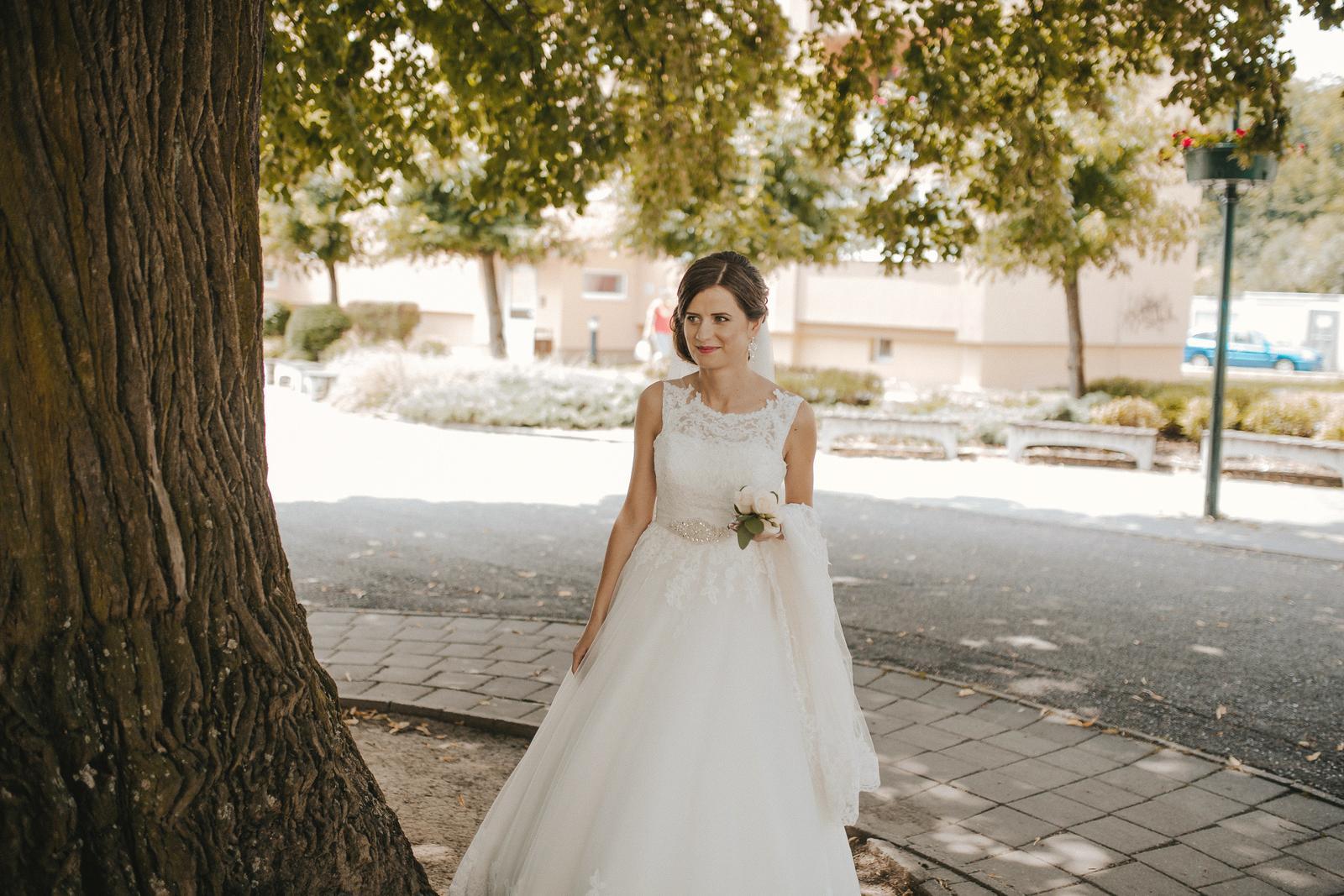 Svadobné šaty, veľkosť 34-36, farba ivory - Obrázok č. 2