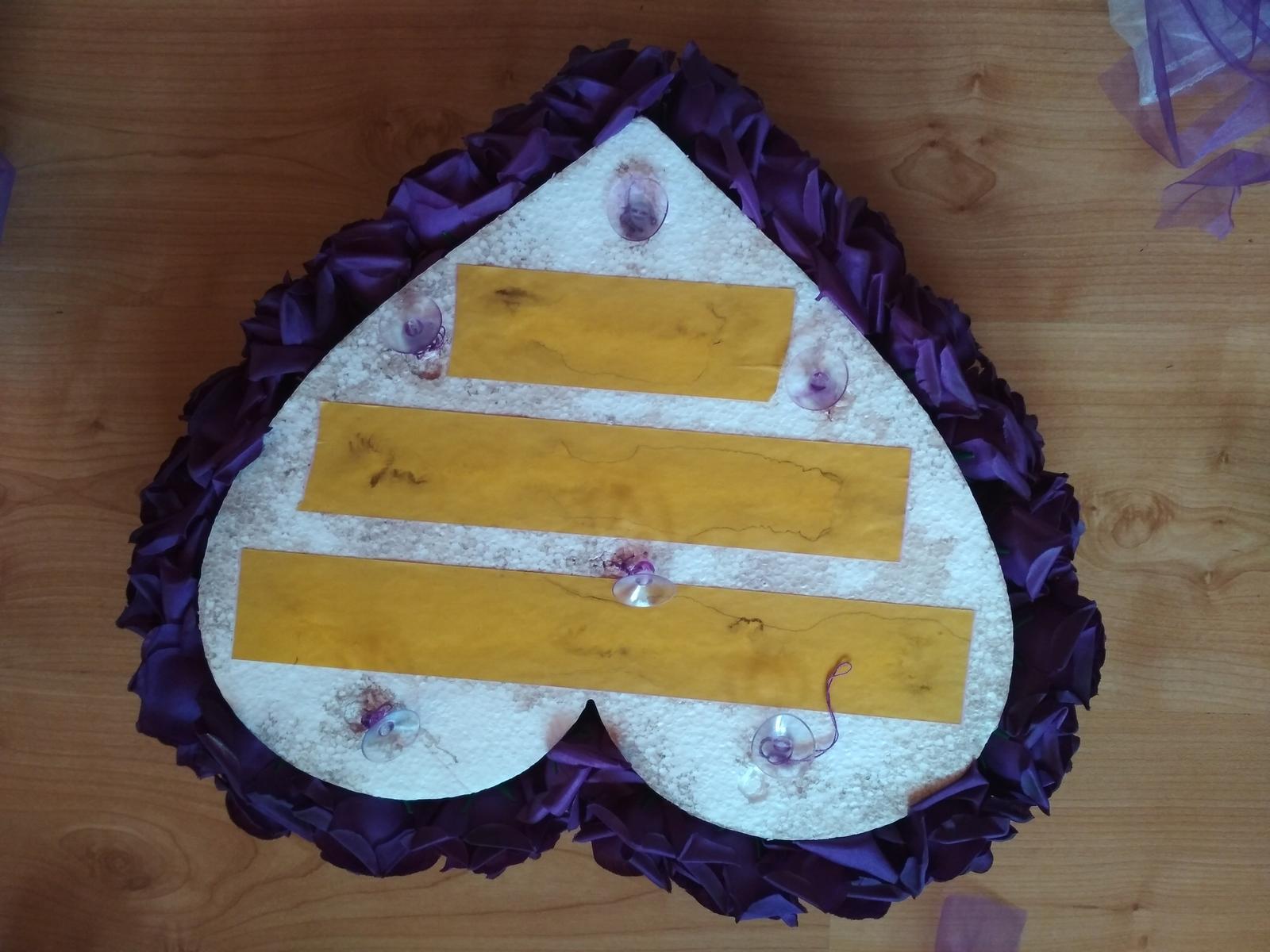 Svatební dekorace na auto - Obrázek č. 1