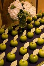 jmenovky na stůl, ovoce z vlastní zahrádky