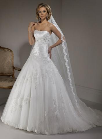 Svadobné šaty a oblek - Obrázok č. 12