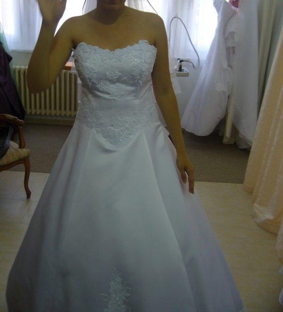 Maťko a Lucka - moje svadobné šatičky:)