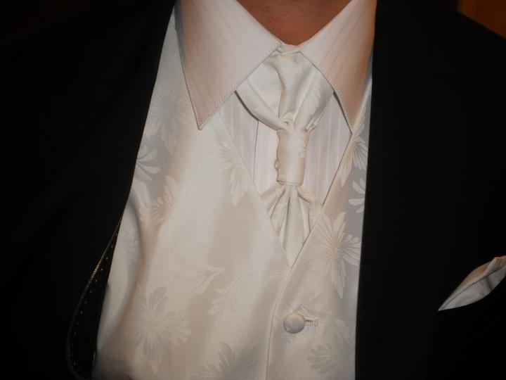 Z + M - Svadobný oblek vybratý :)