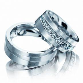 Naša Svadba 7.8.2010 - naše prstienky už sú kúpene ale ešte nie sú hotove