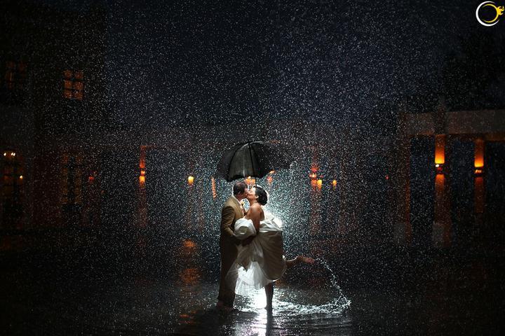 A když bude pršet... - Na googlu je spousta variací na tuhle fotku. Krása.