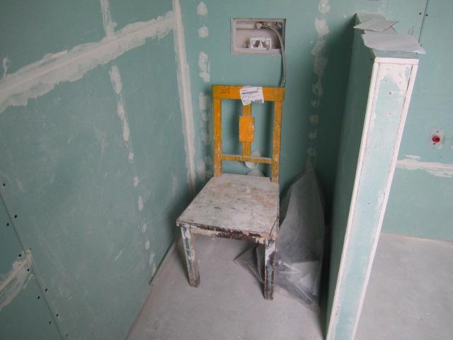 Naše podkroví - je i suché WC :)