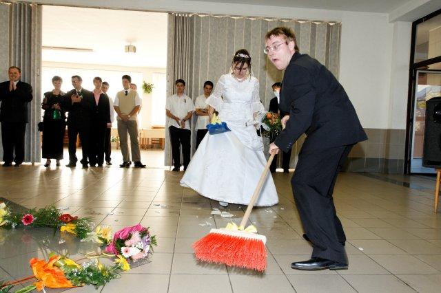 Mária Gičová{{_AND_}}Jozef Flimel - ženích v akcii......hm, je to lepšie ako Sestra v akcii...:)