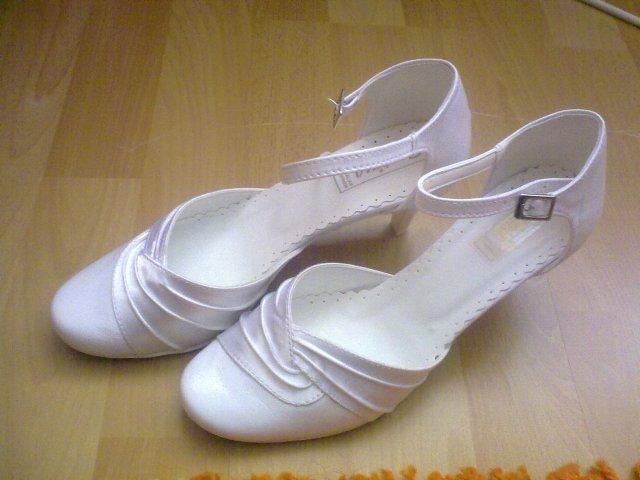 Pripravy - svadobné topánočky