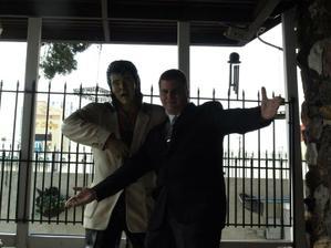 Elvis musí být i kdyby nevím co :-)