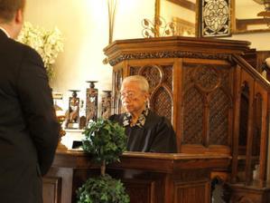 náš prastarý reverend, kterému nebylo rozumět ani slovo, ale byl úžasný :-)