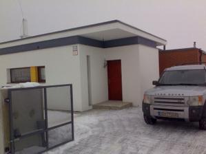 pre... malydom...predná brána,predný vchod...02/2009
