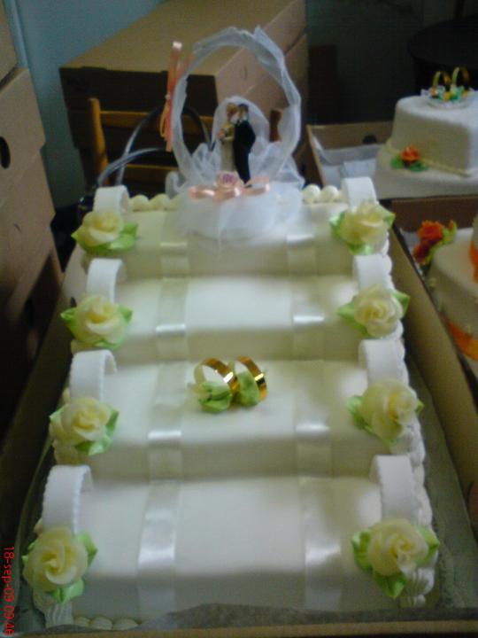Svadobná torta - Obrázok č. 21