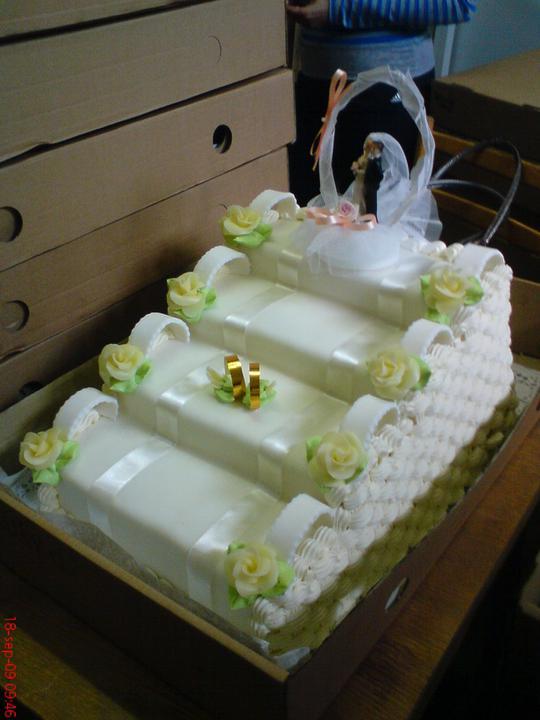 Svadobná torta - Obrázok č. 22