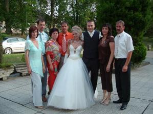 Sesternica s manželom, bratranci s manželkami