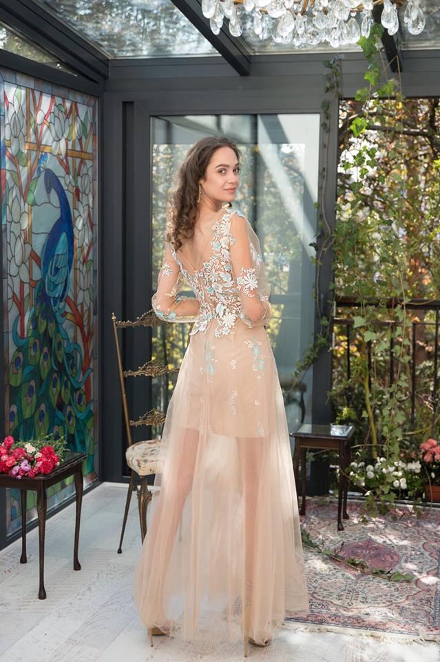 JG večerní šaty - Obrázek č. 2